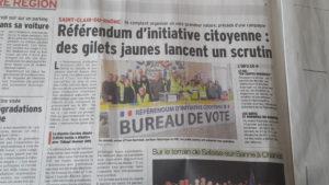 Le référendum d'initiative citoyen reste le revendication phare des Gilets jaunes, par exemple ici dans la partie iséroise de la Vallée du Rhône (© Pierre Nouvelle).
