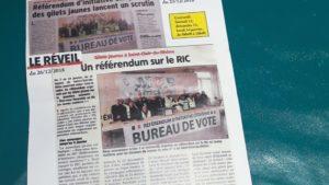Depuis Noël, le RIC est devenue la revendication principale du groupe des Gilets jaunes de saint-Clair-du-Rhône (Isère) et l'idée d'une votation citoyenne sur ce thème a été décidée pour mi-janvier © Pierre Nouvelle).