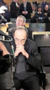 Au tribunal correctionnel de lyon, deux des six prévenus, Mgr Philippe Barbarin et Mgr Maurice gardès attendent le début de l'audience du 7 janvier 2019 (© Pierre Nouvelle).