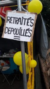 Au même titre que le référendum d'initiative citoyenne (Ric), les questions de la vie quotiienne (pouvoird'achat, salaires, retraites) sont au menu des discussions entre Gilets jaunes (© Pierre Nouvelle).