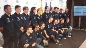 Onze sportifs et vingt-cinq entraineurs et personnels médicaux sont sur le pont depuis un mois pour se mesurer au fil de près d'une trentaine de compétitions françaises et internationales en ski alpin, ski de fond et snowboard (© Pierre Nouvelle).