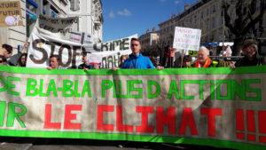 Avec 500 personnes dans les rues marchant pour le climat, les militant.e.s de Vienne n'ont pas à rougir de la mobilisation qu'ils ont réussi à provoquer (© Pierre Nouvelle).