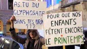 Au fil des mois, la prise de conscience écologique s'accroit et se manifeste dans la rue, comme ici à Vienne le 1er mars 2019 (© Pierre Nouvelle).