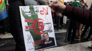 Après la démission du président Bouteflika, l'avenir de l'Algérie reste ouvert et le peuple esp-re fortement être entendu (© Pierre Nouvelle).