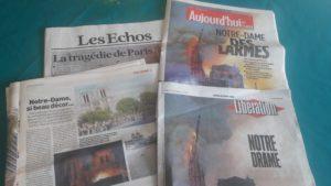 Des heures de télévision et de radio, des tonnes de papier pour l'incendie d'un monument emblématique parisien devenu un amas de pierres© Pierre Nouvelle).
