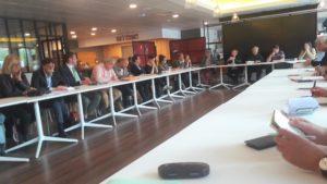 Près d'une soixantaine de personnes participaient jeudi 16 mai 2019 au siège de la mutuelle Audiens à Vanves au lancement du Conseil de presse ( © Pierre Nouvelle ).