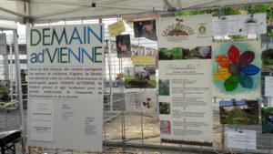 Le tour Alternatiba 2018 et son village viennois d'août 2018 a suscité des initiatives comme les journées de l'habillement éco-responsable et solidaire ( © Pierre Nouvelle ).