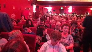 Comme pour les autres cinéastes, le théâtre Comédie-Odéon était plein pour dialoguer avec Marco Bellochio ( © Pierre Nouvelle ).