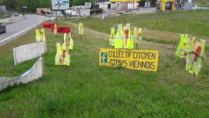 De la sortie sud de Vienne au camp de Malisso, les Gilets jaunes ont occupé les ronds points pendant plus de six mois © Pierre Nouvelle ).