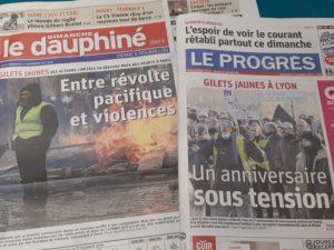 Le registre dramatique a marqué la Une des quotidiens auralpins ( © Pierre Nouvelle ).