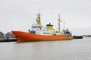 En 2019, plus d'un millier de personnes a péri en traversant la Méditerranée, malgré les efforts des bateaux de sauvetage comme l'Aquarius ( ( © Ra Boe / Wikipedia, CC BY-SA 3.0 de), https://commons.wikimedia.org/w/index.php?curid=18152831