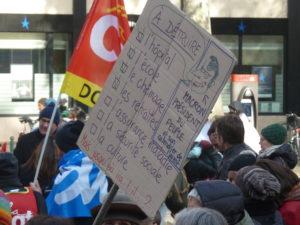 Enseignants, hospitaliers, emlpyés de la Fonction publque et du secteur privé étaient au coude à coude dans les rues de Lyon ( © Pierre Nouvelle ).