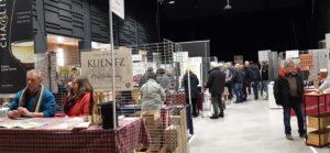 Près de 70 vignerons sont venus de tout l'Hexagone pour exposer les productions de leur terroir ( © Pierre Nouvelle ).