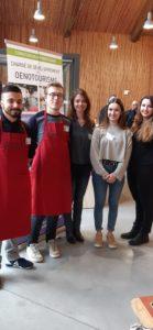 Cinq étudiants en oenotourisme du lycée hôtelier Bellerive (Institution Robin) ont mis à l'honneur les découvertes à faire dans les vignobles du bassin viennois ( © Pierre Nouvelle ).