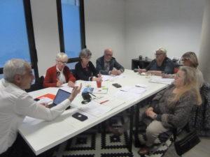 Une semaine après l'intervention de la CFDT-Retraités Givors-Condrieu sur la façade de la permanence du député Jean-Luc Fugit, ce parlementaire a reçu les syndicalistes pour un échange d'heure vendredi 17 janvier 2020 ( © Pierre Nouvelle ).