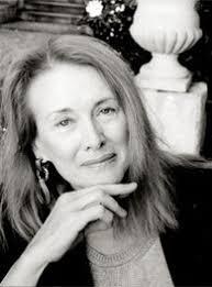 Depuis un demi-siècle, cette auteure ne cesse d'explorer, à travers l'écriture, son expérience vécue, mais aussi celle de sa génération, de ses parents, des femmes, des anonymes et des oublié.e.s, des autres, comme lors du mouvement des Gilets jaunes ( © DR/Gallimard ).