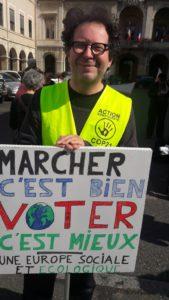 Lier étroitement le bulletin de vote et la protestation pour le climat était déjà au coeur de la manif de Vienne en mai 2019 lors des élections européennes ( © Pierre Nouvelle ).