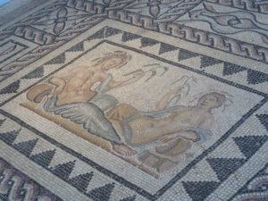 Les mosaïques et les céramiques seront au coeur du travail et des expositions à-venir du Musée gallo-romain ( © Pierre Nouvelle ).