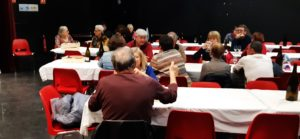 Proposer une alimentation bio était le minimum pour cette manifestation qui présentait des vins biologiques de la région Auvergne-Rhône-Alpes ( © Pierre Nouvelle ).