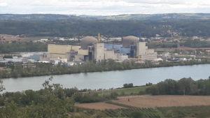 La vallée du Rhône, ses terres maraichères, ses vignes, ses usines chimiques et sa centrale nucléaire, autant de lieux à des nouvelles propices pour des nouvelles policières ( © Pierre Nouvelle ).
