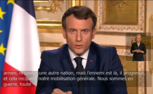 Lundi 13 avril, lors de son allocution télévisée, le président Macron reprendra-t-il le même style martial ( © DR/ Man ).