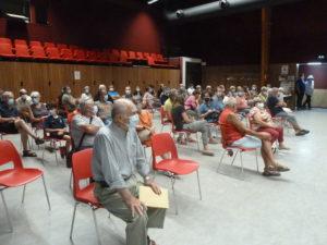 Limité pour des raisons sanitaires, le public nombreux attendaient la proclamation des résultats ( © Pierre Nouvelle ).